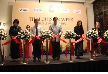 ประมวลความสัมพันธ์ระหว่างเวียดนามกับไทยประจำเดือนกรกฎาคมปี 2017 - ảnh 5