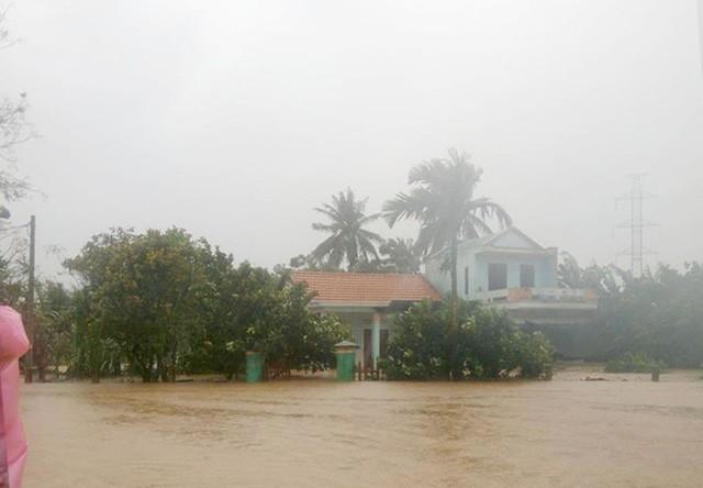 นายกรัฐมนตรีมีคำสั่งชี้นำการแก้ไขความเสียหายจากพายุไต้ฝุ่นดอมเรย - ảnh 1