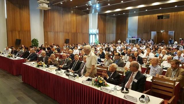 """นักวิทยาศาสตร์ระดับโลก 200 คนเข้าร่วมการสัมมนาระหว่างประเทศ """"วิทยาศาสตร์เพื่อการพัฒนา"""" - ảnh 1"""