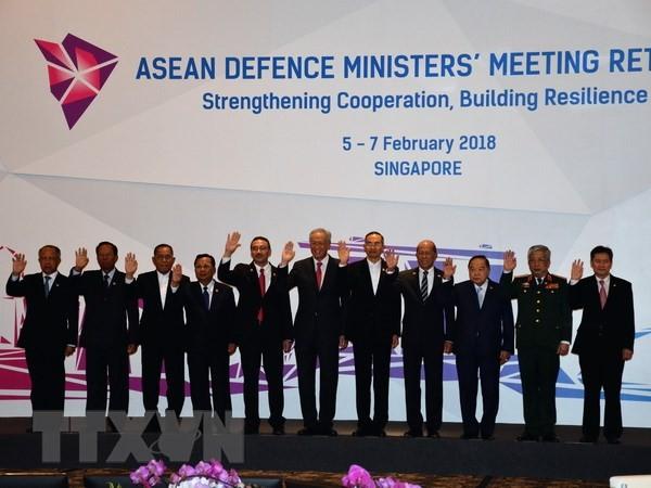 การประชุมเจ้าหน้าที่อาวุโสกลาโหมอาเซียนกระชับความร่วมมือเพื่อสันติภาพและเสถียรภาพภุมิภาค - ảnh 1
