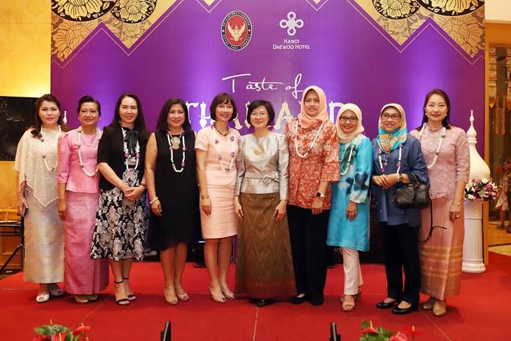 สัปดาห์อาหารไทย Taste of Thailand  ปี 2018  - ảnh 7