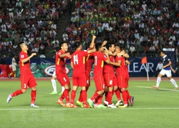 ทีมฟุตบอลเวียดนามมีคะแนนเพิ่มเกือบ 900 คะแนนในตารางอันดับโลก - ảnh 1