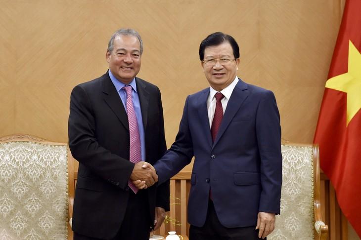 ส่งเสริมนักลงทุนสหรัฐเข้าร่วมโครงการพัฒนาโรงไฟฟ้าที่ใช้พลังงานหมุนเวียนในเวียดนาม - ảnh 1