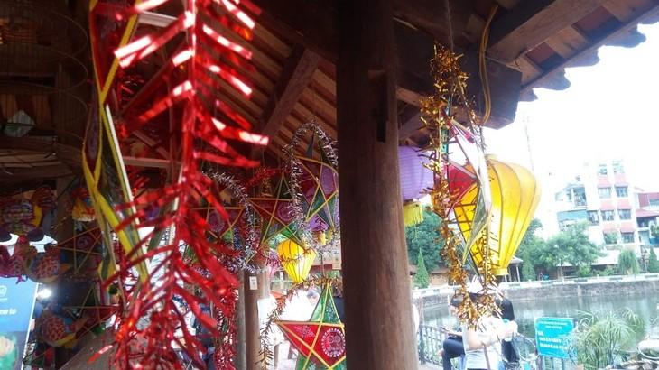 กิจกรรมต้อนรับเทศกาลไหว้พระจันทร์ ที่ สระวัน มีส่วนร่วมอนุรักษ์เอกลักษณ์วัฒนธรรมของเทศกาลไหว้พระจันทร์ในกรุงฮานอย - ảnh 1