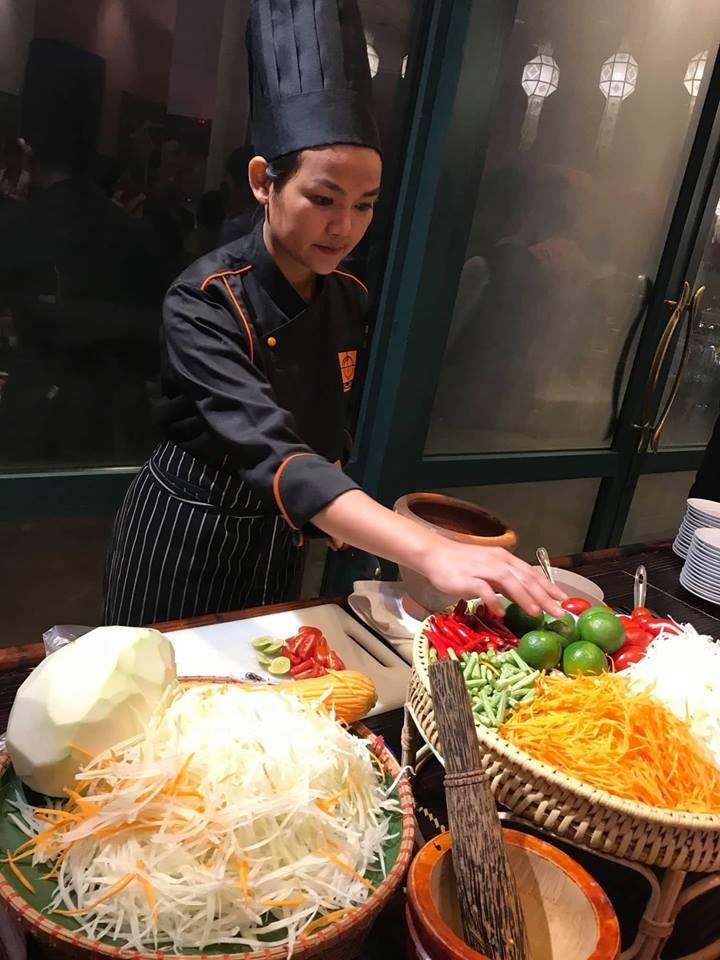 พบปะกับอาจารย์สอนทำอาหารโรงเรียนการอาหารนานาชาติสวนดุสิตมหาวิทยาลัยสวนดุสิต - ảnh 2