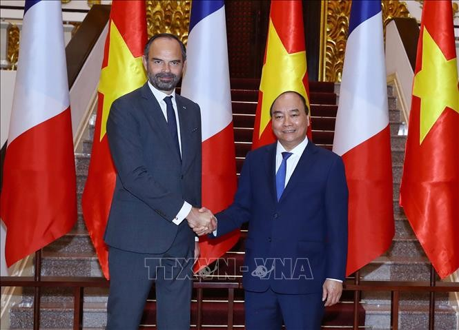 สื่อต่างๆของฝรั่งเศสรายงานเกี่ยวกับการเยือนเวียดนามของนาย  เอดัวร์ ฟีลิปนายกรัฐมนตรีฝรั่งเศส - ảnh 1