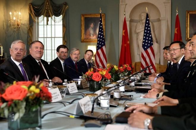 สหรัฐยืนยันว่า จะไม่มุ่งสู่สงครามเย็นกับจีน - ảnh 1