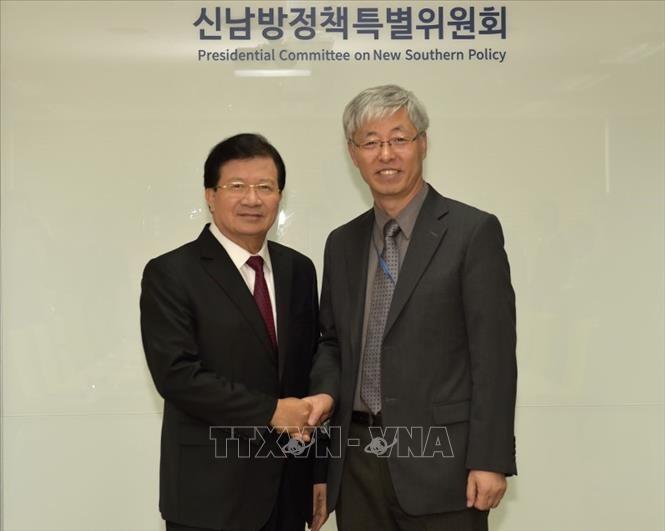 ภารกิจของรองนายกรัฐมนตรีจิ่งดิ่งหยุงในกรอบการเยือนสาธารณรัฐเกาหลี - ảnh 1