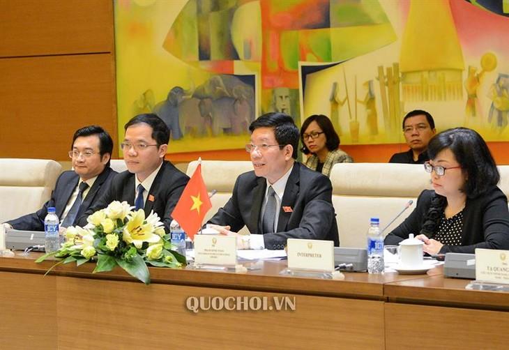 การเจรจาระหว่างกลุ่มมิตรภาพสมาชิกรัฐสภาเวียดนาม-ไทยกับกลุ่มมิตรภาพสมาชิกรัฐสภาไทย-เวียดนาม - ảnh 1