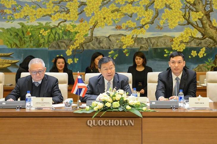 การเจรจาระหว่างกลุ่มมิตรภาพสมาชิกรัฐสภาเวียดนาม-ไทยกับกลุ่มมิตรภาพสมาชิกรัฐสภาไทย-เวียดนาม - ảnh 2