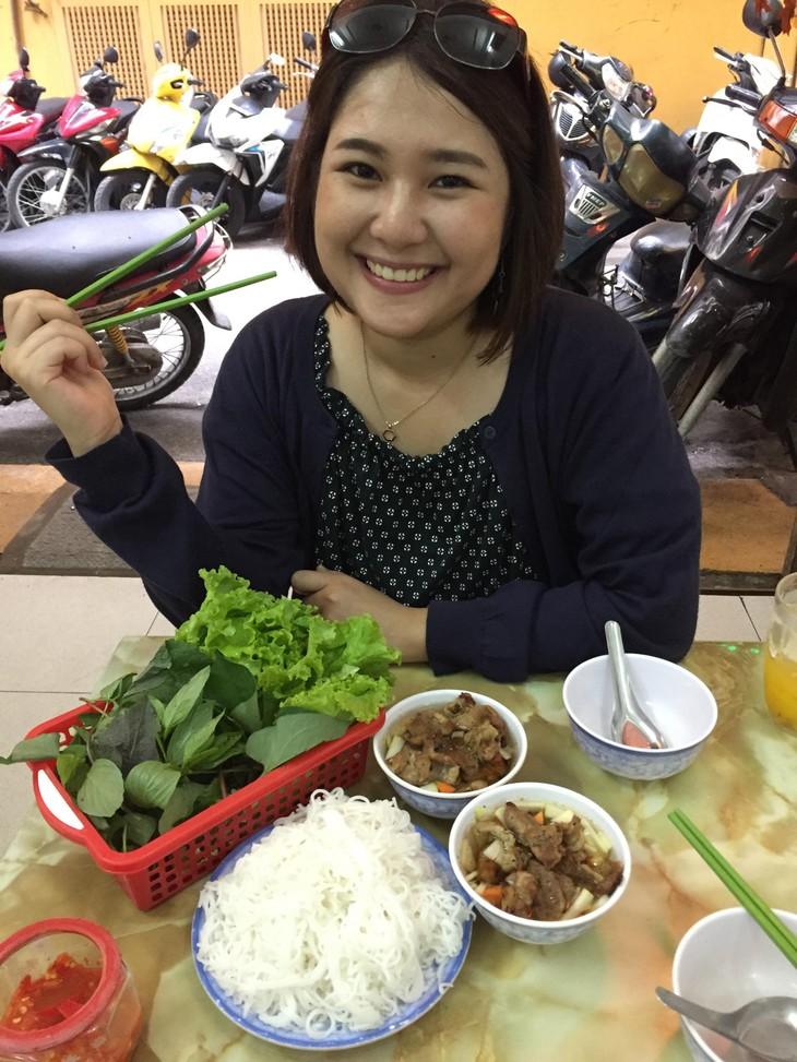 เยาวชนไทยกับอาหารและภาษาเวียดนาม - ảnh 6