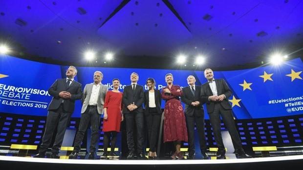 การดีเบตระหว่างผู้ลงสมัครชิงตำแหน่งประธานคณะกรรมการยุโรป - ảnh 1
