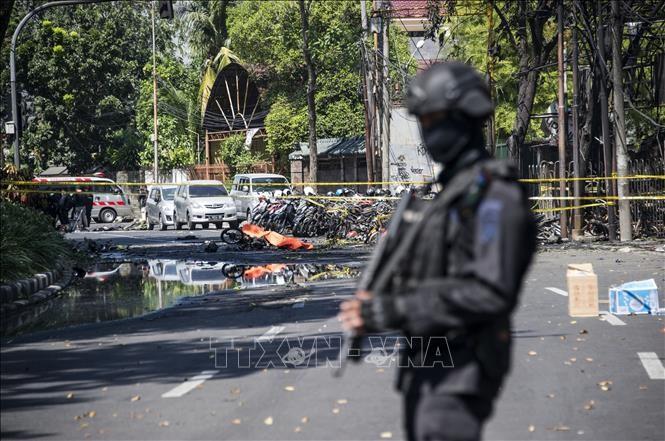 เกิดเหตุระเบิดฆ่าตัวตาย ที่ สถานีตำรวจในประเทศอินโดนีเซีย - ảnh 1