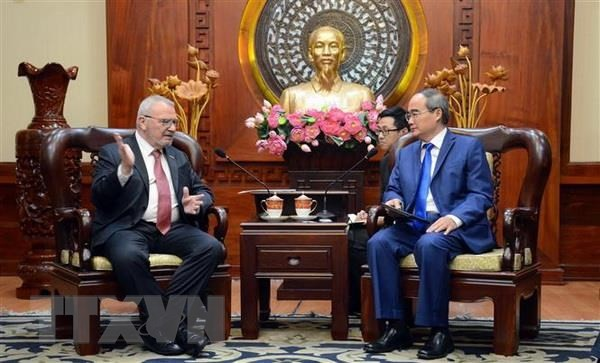 นครโฮจิมินห์และสหรัฐกระชับความร่วมมือเพื่อยกระดับคุณภาพแหล่งบุคลากร - ảnh 1