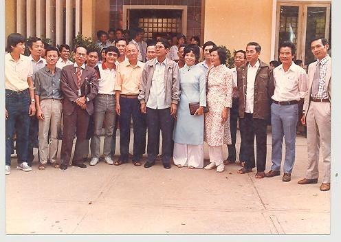 ผู้เชี่ยวชาญเวียดนามกับการปฏิบัติเป้าหมายอันสูงส่งในการช่วยฟื้นฟูประเทศกัมพูชา - ảnh 2