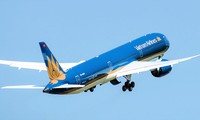 Vietnam Airlines flight carries Italians home